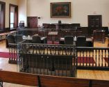 831px-Historic_Courtroom